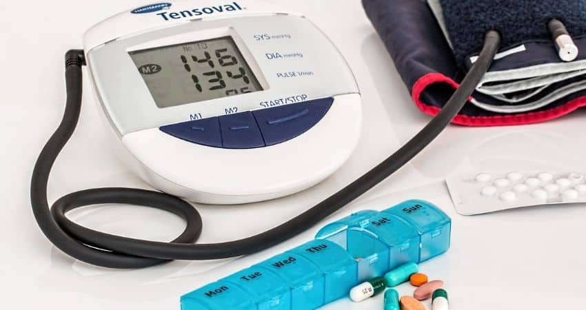 causes of sudden high blood pressure