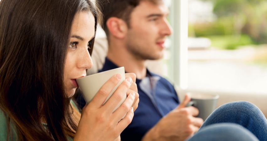 does coffee raise blood pressure or lower it