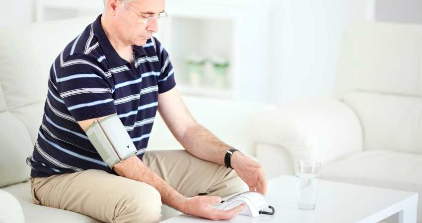 different blood pressure readings within minutes